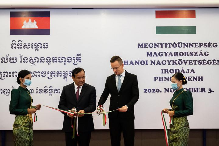Szijjártó: A kormány lendületet akar adni a magyar-kambodzsai kapcsolatoknak