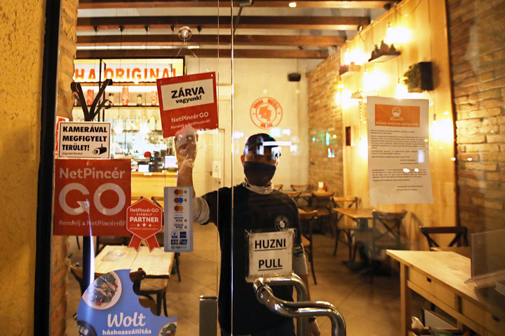Zökkenőmentes volt az átállás az üzletek 19 órai zárására