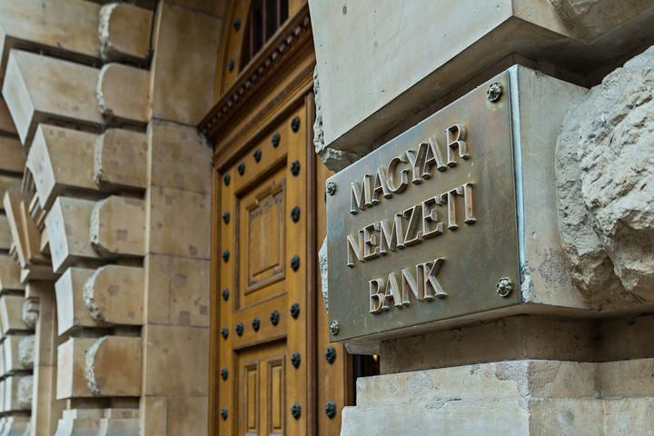Idén is a mezőny első felében teljesített az európai banki stresszteszt magyar résztvevője