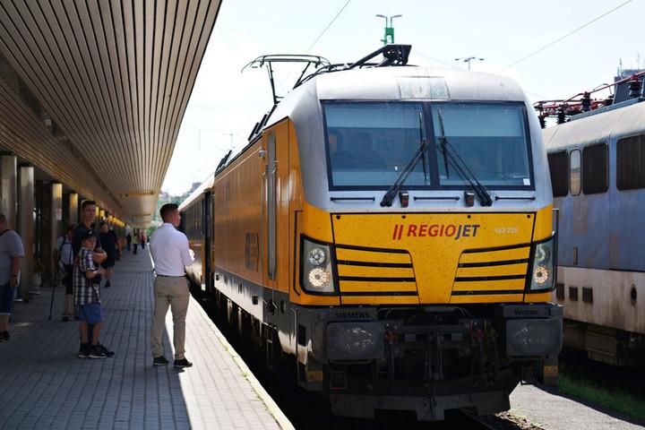 Gyorsabb lesz a vasút Bécs felé