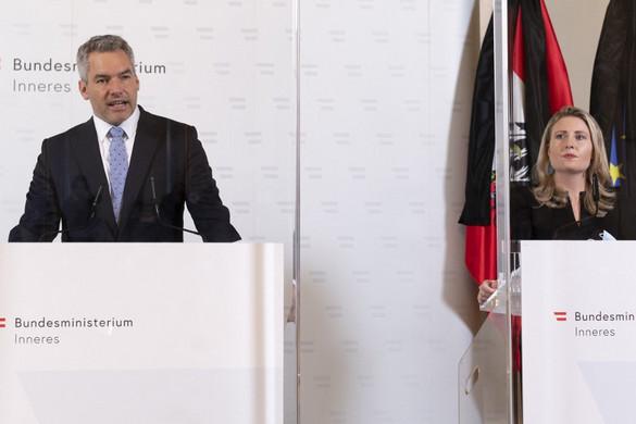 """Ausztriában elrendelték két """"radikális mecset"""" bezárását"""