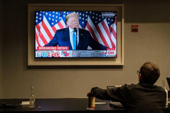Trump jogászai perkeresetet nyújtottak be a pennsylvaniai választások miatt