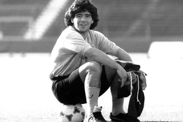 """""""Remélem, egy nap majd együtt focizunk a mennyben"""" - így búcsúzott Maradonától a futballvilág"""