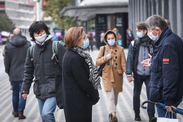 Szlovénia két hónappal meghosszabbította a járványhelyzetet