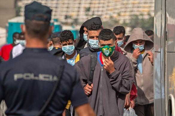 Nincs vége a migrációs válságnak: Brüsszel újra próbálkozik