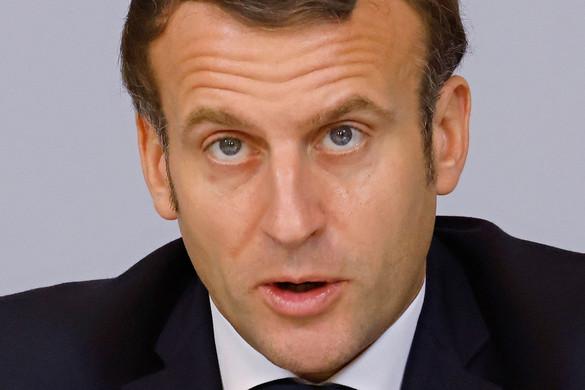 Mélypontra kerülhet Párizs és Iszlámábád kapcsolata