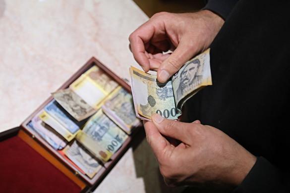 """""""Történelmi lépés a minimálbér 200 ezer forintra emelése"""""""