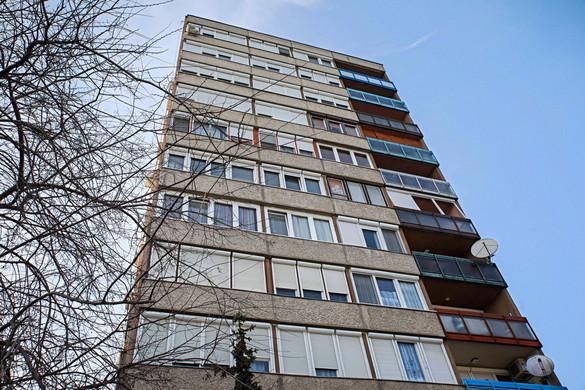 A panelek korszerűsítését az állami lakásfelújítási program is nagyban segíti