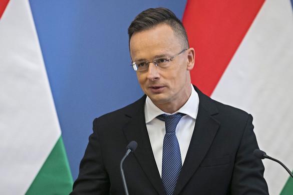 Szijjártó: Állandó megfélemlítésben élnek a magyarok Ukrajnában