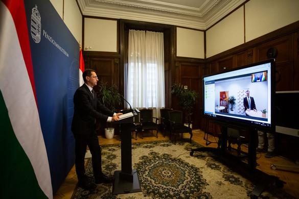 Varga Mihály: Az adócsökkentések mögött az eredményes gazdaságfehérítés áll