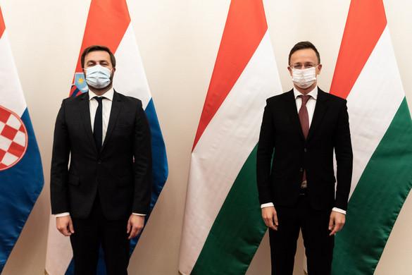 Először érkezik cseppfolyósított földgáz Magyarországra