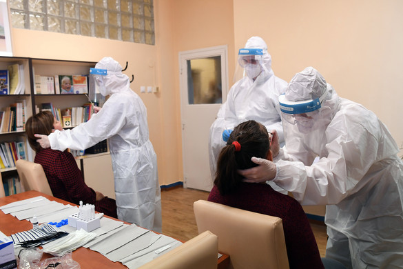 Folyamatosan zajlik az egészségügyi, szociális és nevelési intézményekben dolgozók tesztelése