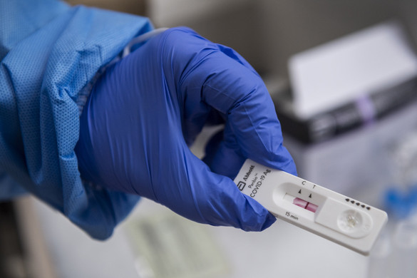 Nagyon visszaesett az új fertőzöttek száma Magyarországon