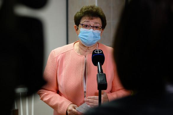 Müller Cecília: Tartósabb védelmet adhat az inaktív vírust tartalmazó kínai vakcina