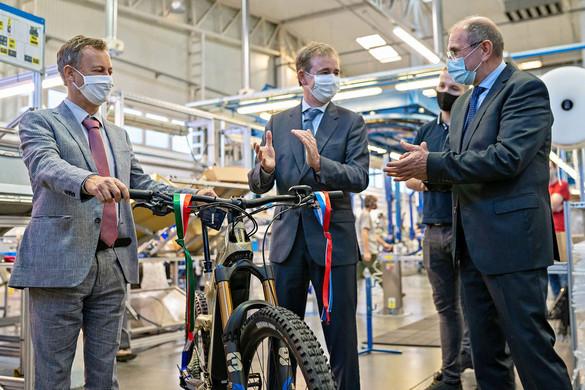 Hétfőtől újra lehet pályázni az elektromos kerékpárok vásárlásának támogatására