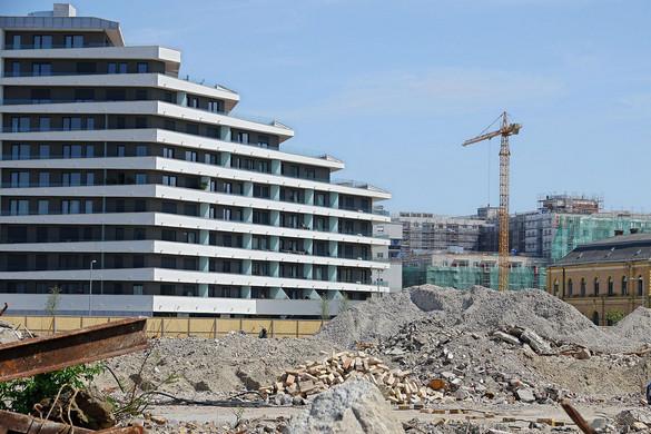 Az új otthonteremtési programok erősítik a piaci szereplőket