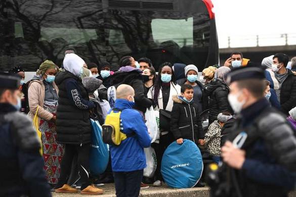 Az európaiak többsége továbbra is aggodalommal tekint az illegális migrációra