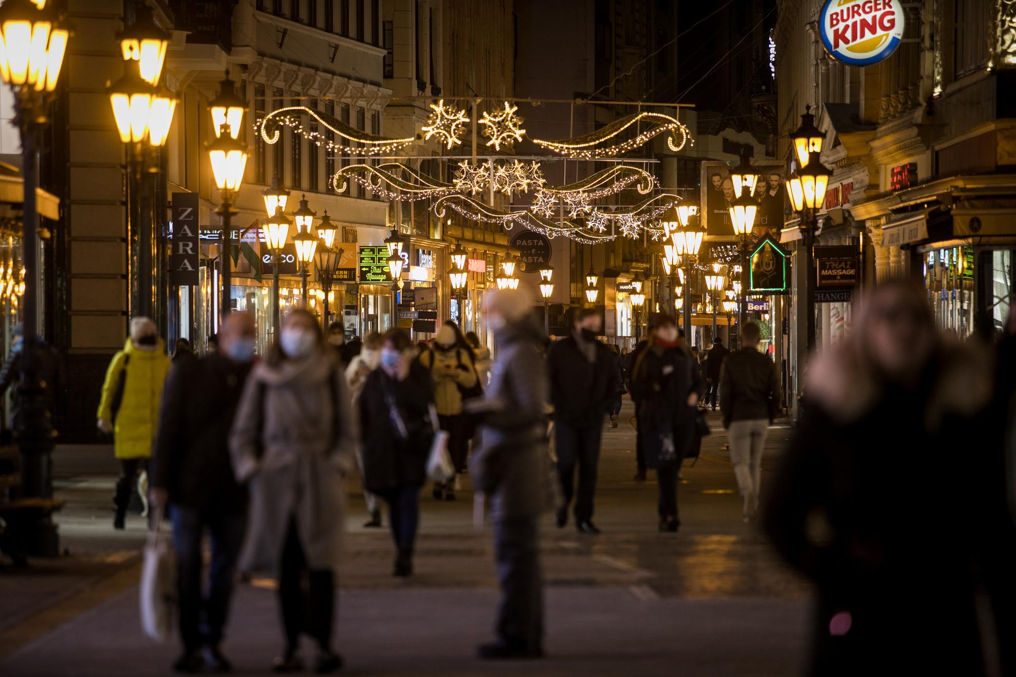 Karácsonyi fények Budapesten