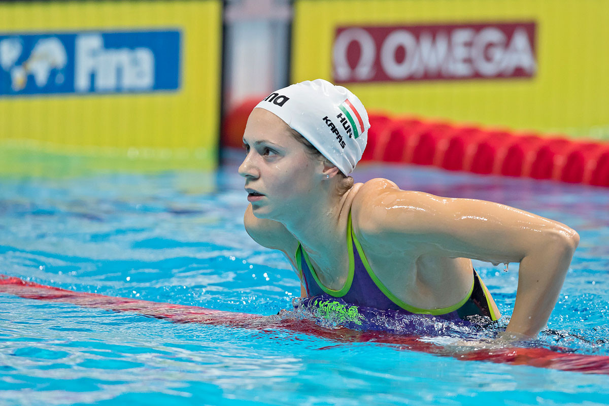 Kapás Boglárka megküzdött a koronavírussal, az úszóedzések átmeneti hiányával, a bajnokságon rosszul lett, mégis nyerni tudott