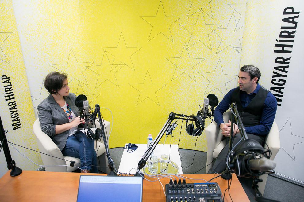 Lapunk főmunkatársa, Őry Mariann és ifj. Lomnici Zoltán alkotmányjogász, a Századvég Alapítvány jogi szakértője a Faktum podcast-adásának felvételén