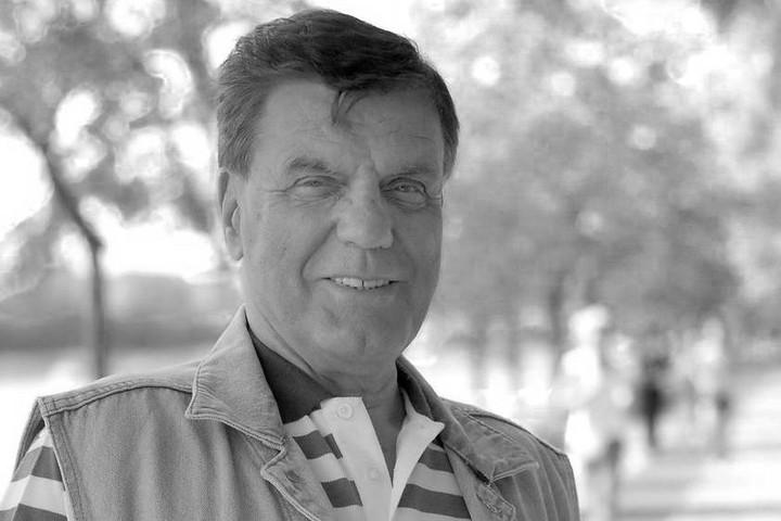 Elhunyt Éless Béla