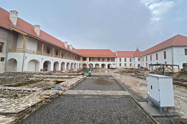 Terv szerint halad a borsi Rákóczi-kastély teljes körű megújítása