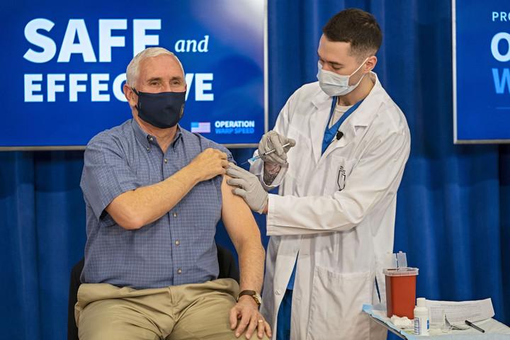 Megnyílhat az út a Moderna-vakcina alkalmazása előtt Amerikában