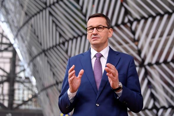 Morawiecki: El kell kerülni az önhatalmú és politikailag motivált döntéseket