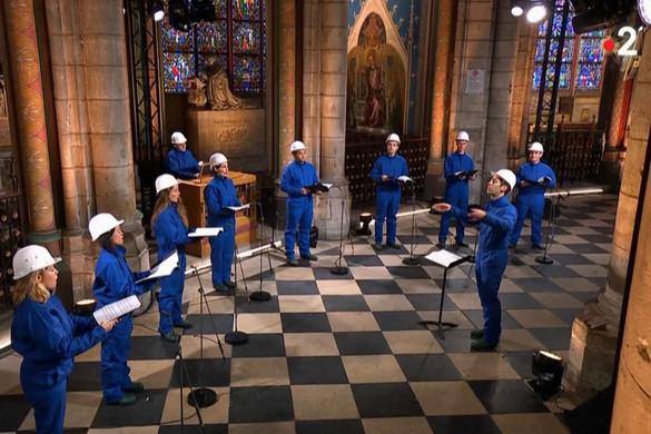Megtartották az első karácsonyesti koncertet a Notre-Dame-ban
