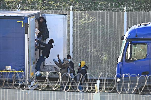 Veszélyezteti a schengeni övezetet a migrációs vita