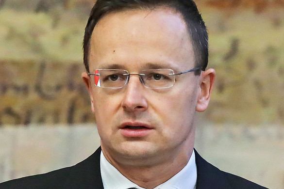 Szijjártó: Sikeres az együttműködés Magyar Bankszövetséggel