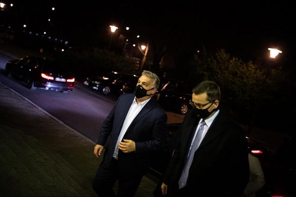 Orbán: A nyerő lapok a mi kezünkben vannak
