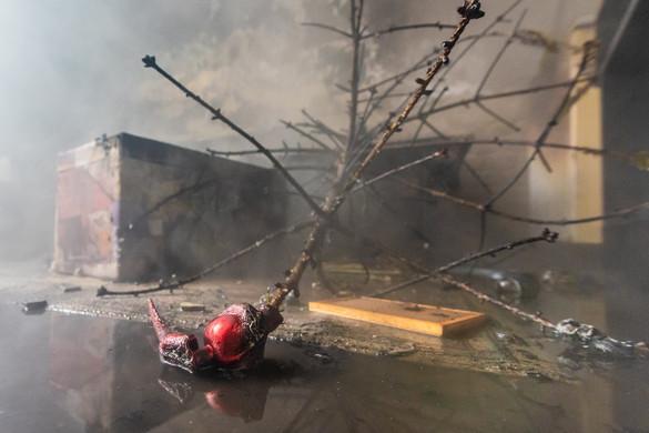 Pusztító erejű lakástüzek árnyékolták be a Szentestét
