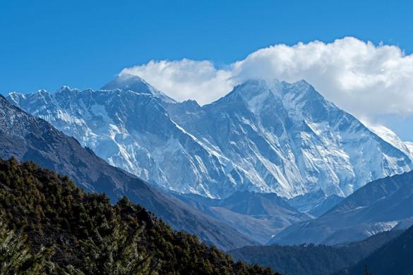 Nyolcvanhat centivel magasabb a Mount Everest, mint azt eddig gondolták