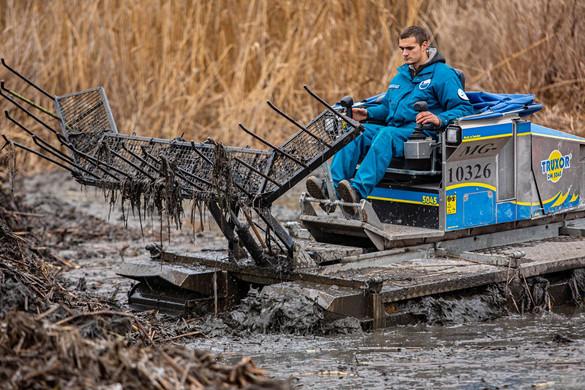 Kétmilliós nyomravezetői díj az olajszennyezés ügyében