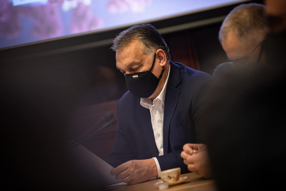 A kormányfő az operatív törzs ülésén kezdte a napot