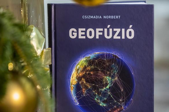Geofúzió: Geopolitikai útikönyv a 21. századhoz