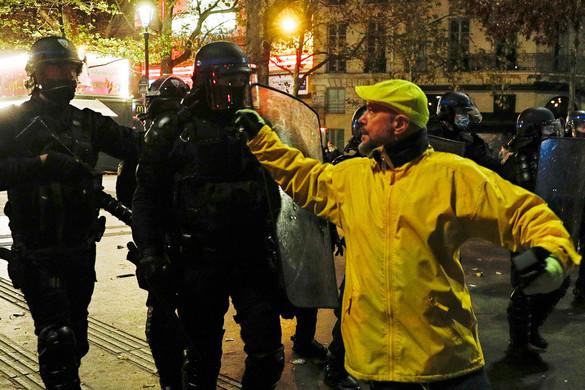 Visszavonta a tüntetéseket kiváltó javaslatot Párizs