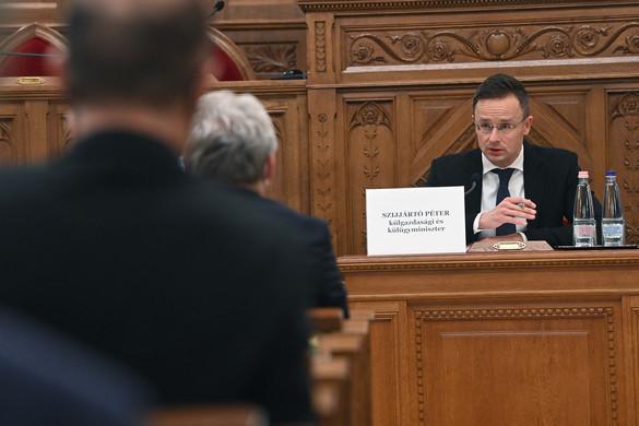 """""""A magyar külpolitika alapja a kölcsönös tisztelet"""""""