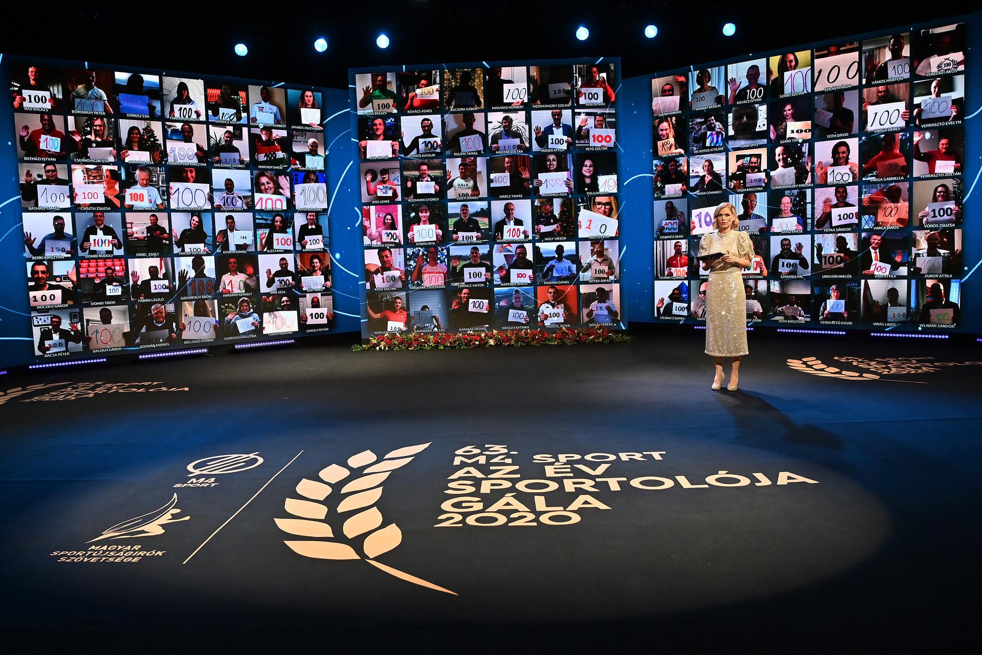 A kivetítőn 120 olimpikon köszönti a Magyar Sportújságírók Szövetség életműdíjával kitüntetett 100 éves Keleti Ágnes ötszörös olimpiai bajnok tornászt, a világ legidősebb olimpiai bajnokát