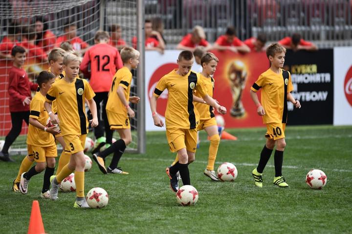 Iskolai tantárgy lesz a foci Oroszországban