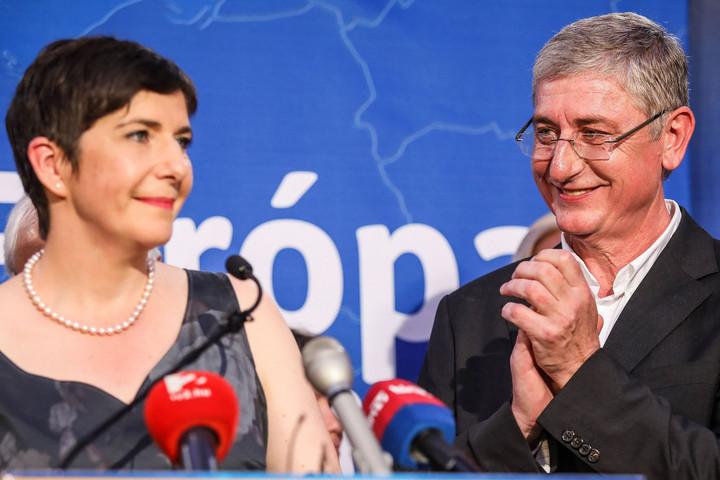 Gyurcsányék cége EU-s pályázati forrásokból pénzelhette a DK holdudvarát