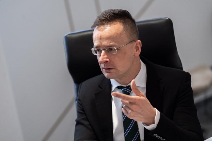 Szijjártó: Elvárjuk, hogy Ukrajna tiszteletben tartsa a magyar közösség jogait