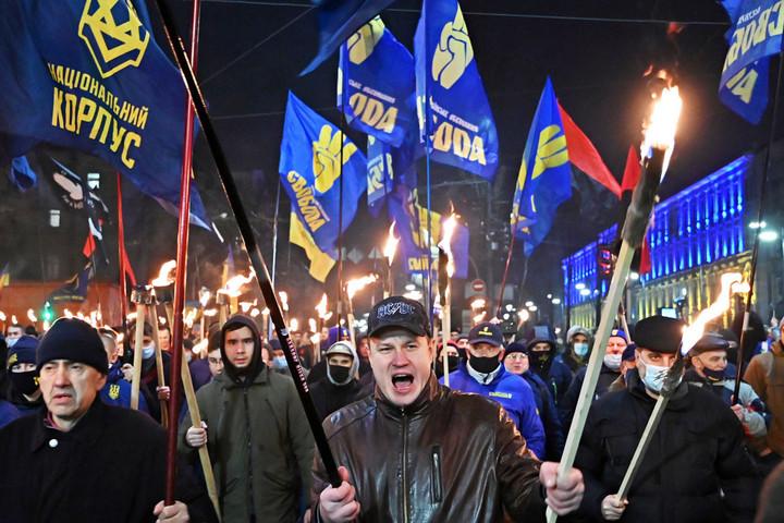 """Újra előkerült  a """"magyar kártya""""  Romániában  és Ukrajnában"""