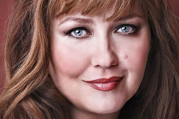 Kolonits Klára operaénekesnő: Nekünk ez az egyetlen lehetőségünk a túlélésre