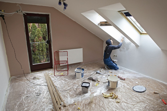 Fele-fele arányban fedezi az otthonfelújítási támogatás a munkadíjat és az anyagköltséget