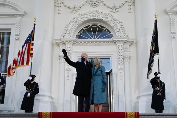 Letette hivatali esküjét az Egyesült Államok 46. elnöke