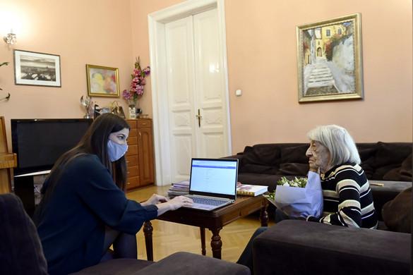 Keleti Ágnes is regisztrált a védőoltásra