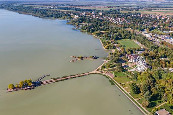 Kihirdették a Keszthely Balaton-parti területének megújítására kiírt építészeti ötletpályázat eredményét