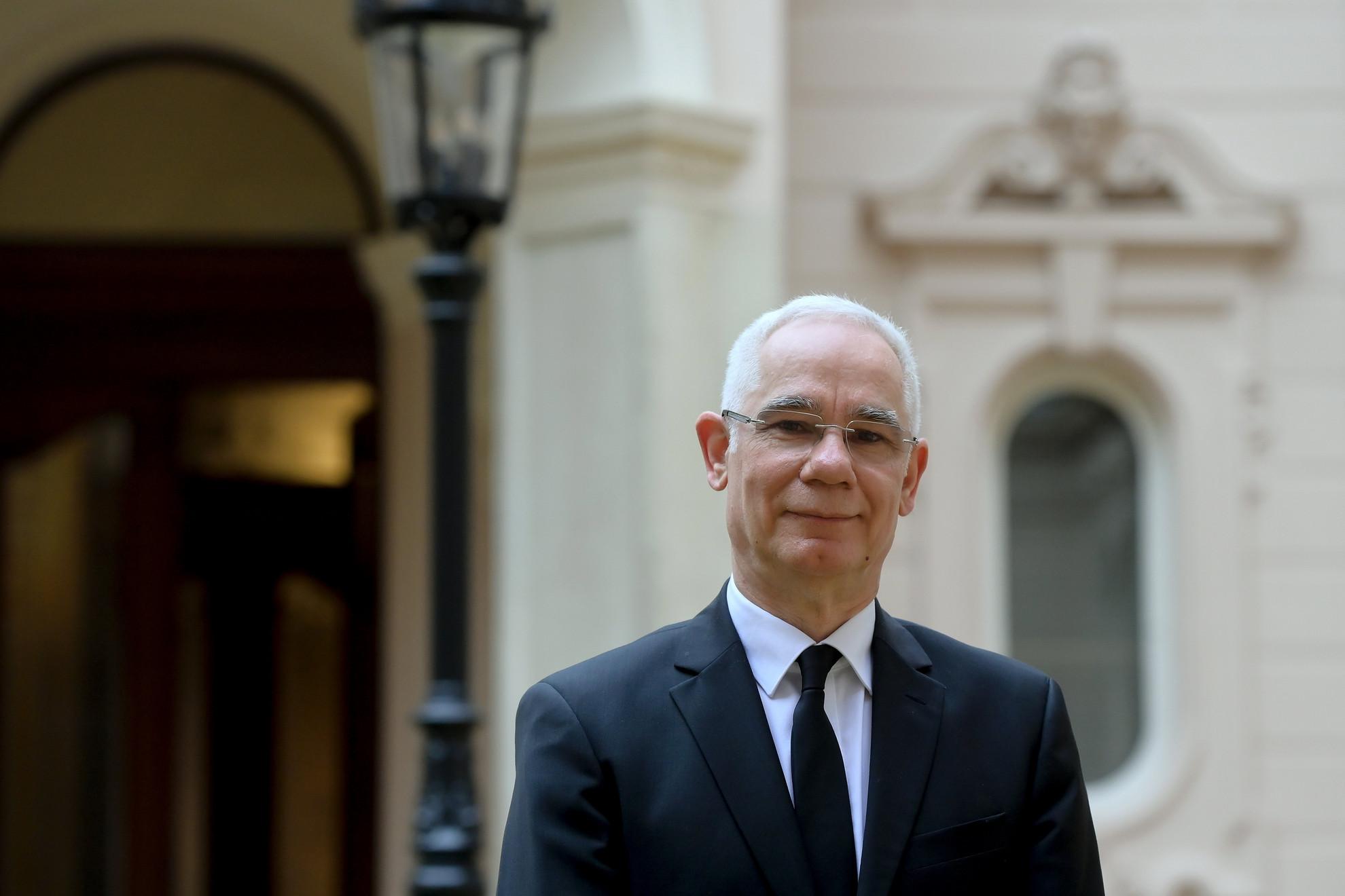 Balog Zoltán: Nem szabad elveszíteni a bátorságunkat, nemet kell mondani a keresztényellenes ideológiákra
